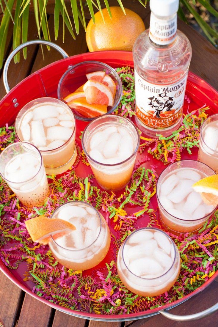 El Frio Grandes 1 5 Oz Captain Morgan Grapefruit Rum 1 5 Oz Goya Guava Nectar 2 Oz Club Soda 0 5 Oz Lime Juice With Images Yummy Drinks Fun Drinks Happy Hour Drinks