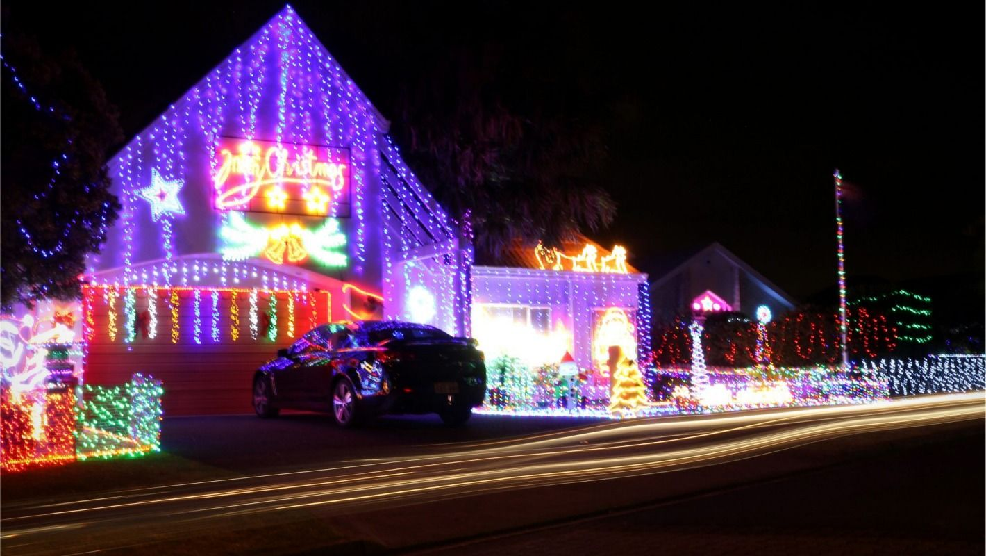 Your guide to East Auckland Christmas light displays