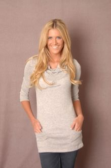 Light Gray Tunic Only $10 #bellaellaboutique