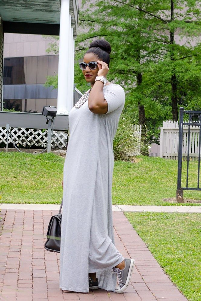 Grey Maxi Dress / Casual Style / Who What Wear T-shirt Maxi Dress / Chuck Taylors / Monochrome Look