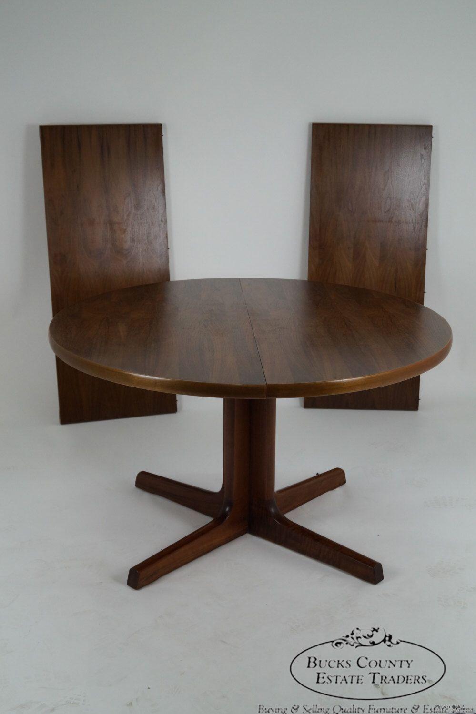 Modern Round Kitchen Tables Gudme Mobelfabrik Niels O Moller Danish Modern Round Expandable