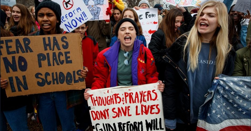 Students In Needville Texas Are Pushing Back After Their Superintendent Threatened To Suspend Anyone Who Student Protest School Shootings Florida High School