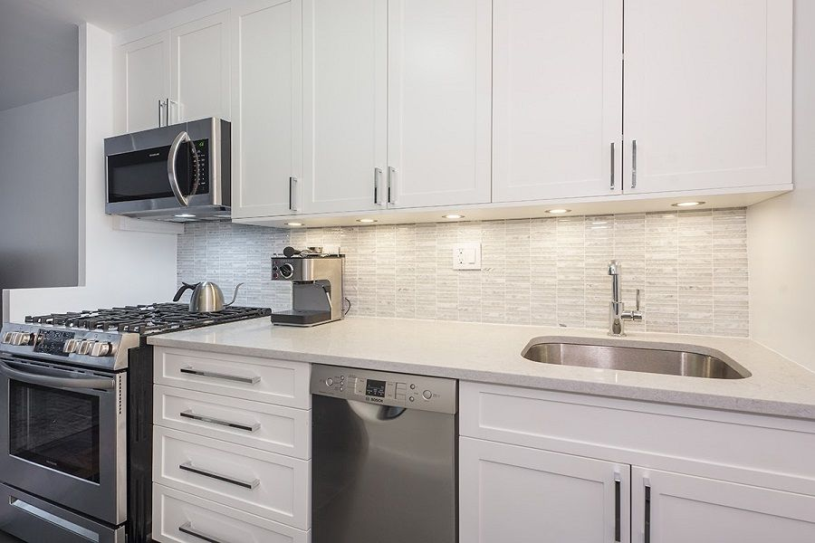 Myhome Completes Upper West Side Renovation In Pre War Building In 2020 Kitchen And Bath Showroom Kitchen Design