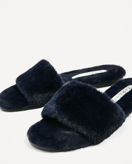 f5a26565e95 FAUX FUR SLIDES