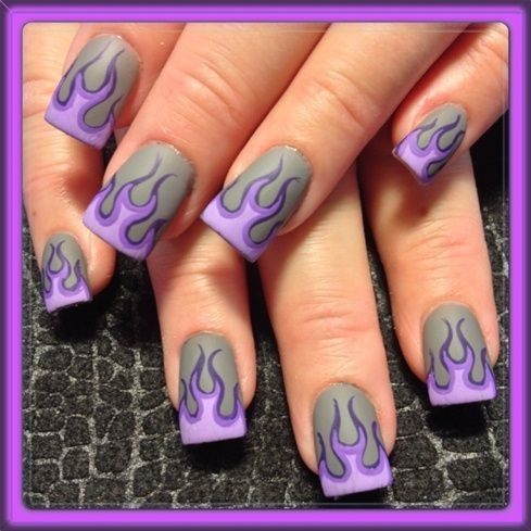 Cute emo nail design I would get this in black and red. - Cute Emo Nail Design I Would Get This In Black And Red. Nails
