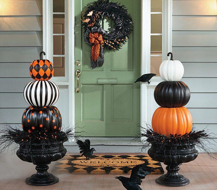 halloween scenes halloween decoration kits grandin road
