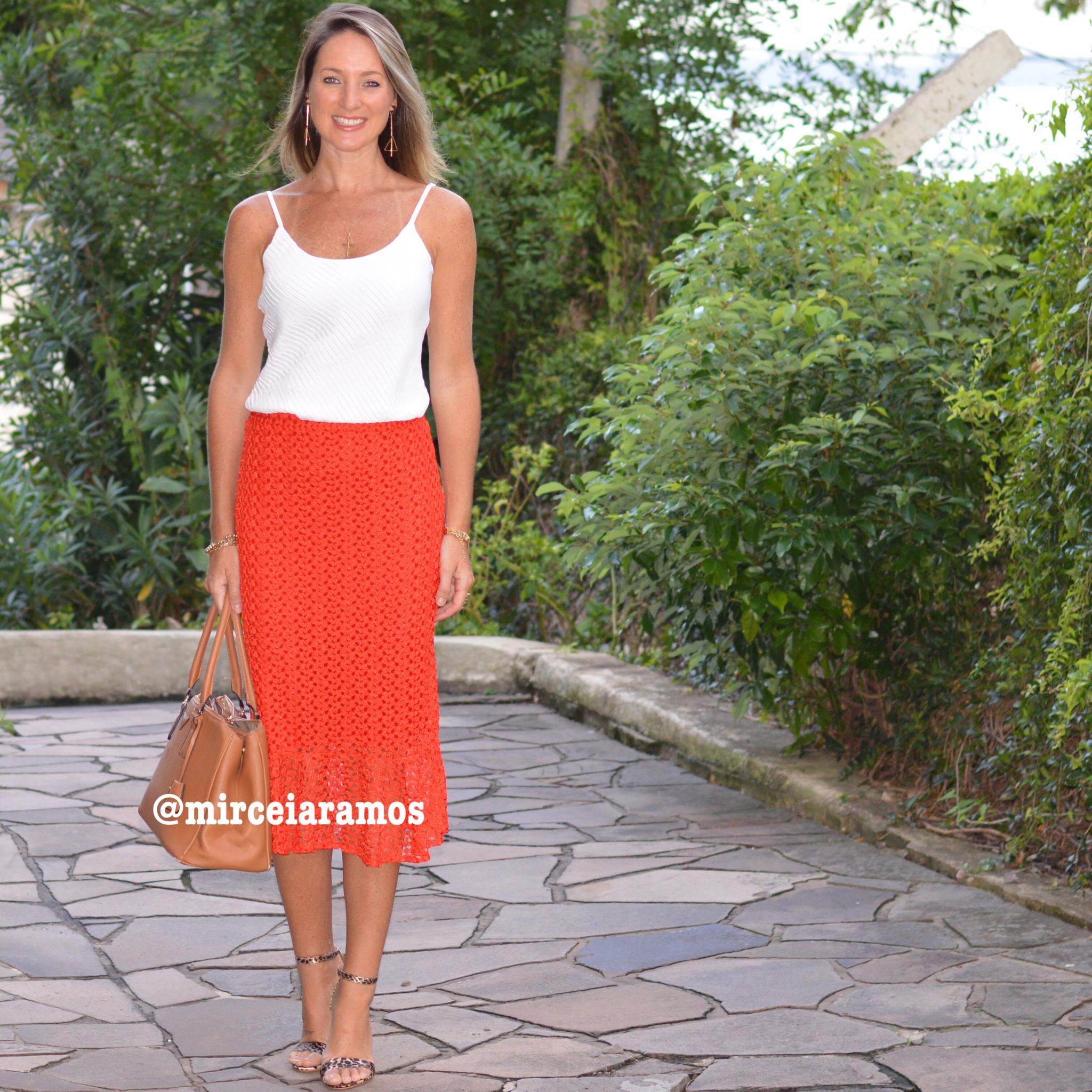 Look de trabalho - look do dia - look corporativo - moda no trabalho - work outfit - office outfit -  spring outfit - look executiva - summer outfit - saia laranja - crochê - white - Branco e laranja