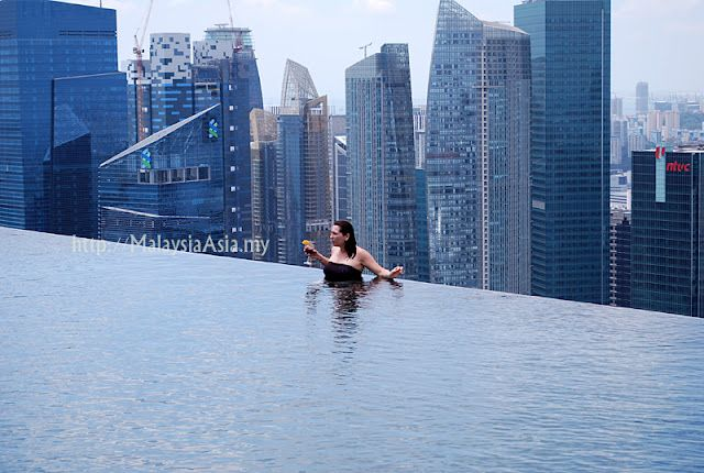 Singapore - this swimming pool didn't exist when I was there