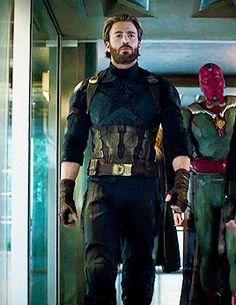 Pin Od Zack The Snack Na Marvel Chris Evans Captain Marvel I