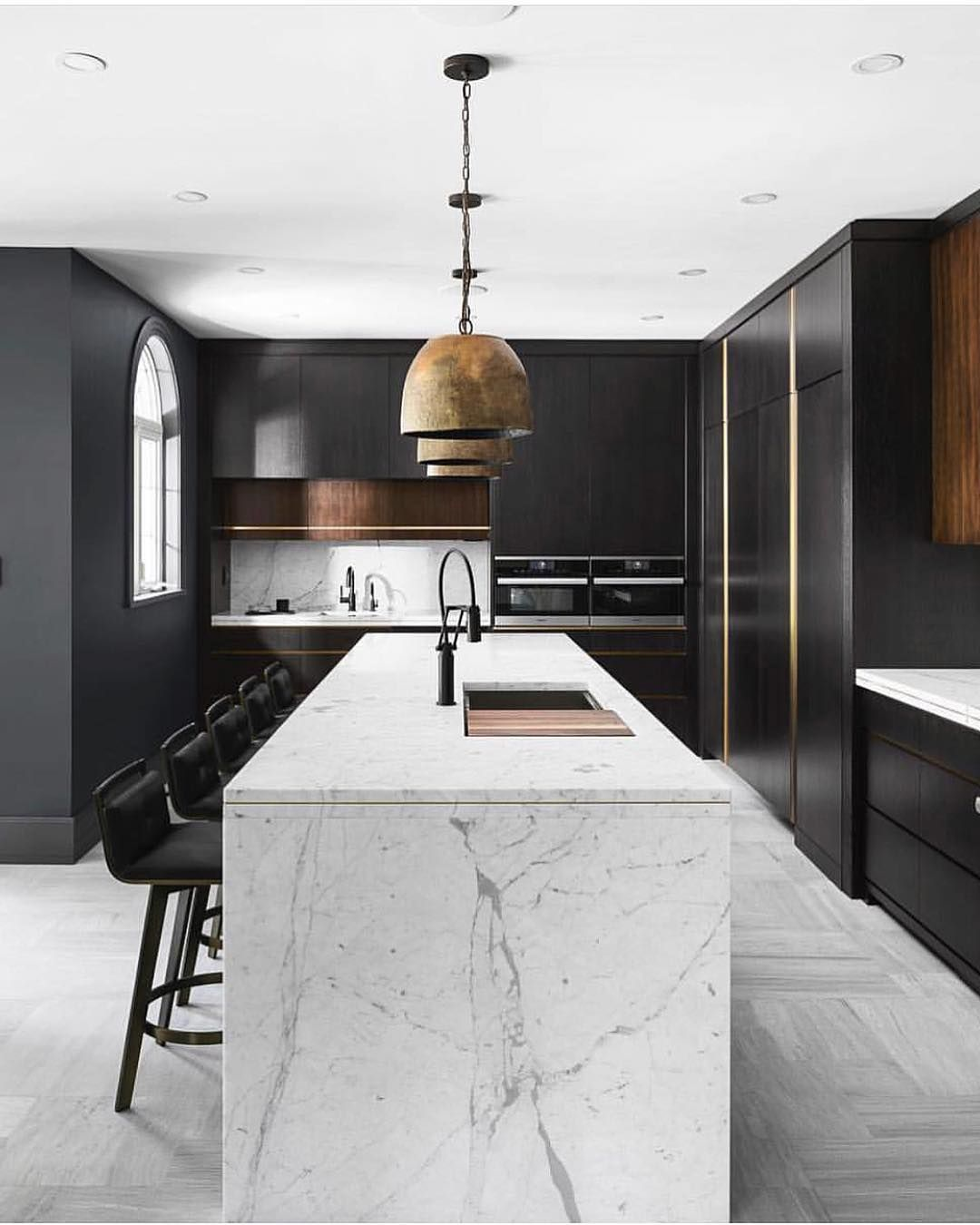 beginninginthemiddleloving the look of modern kitchens lately we re pinning lots of inspo for on kitchen interior accessories id=83976