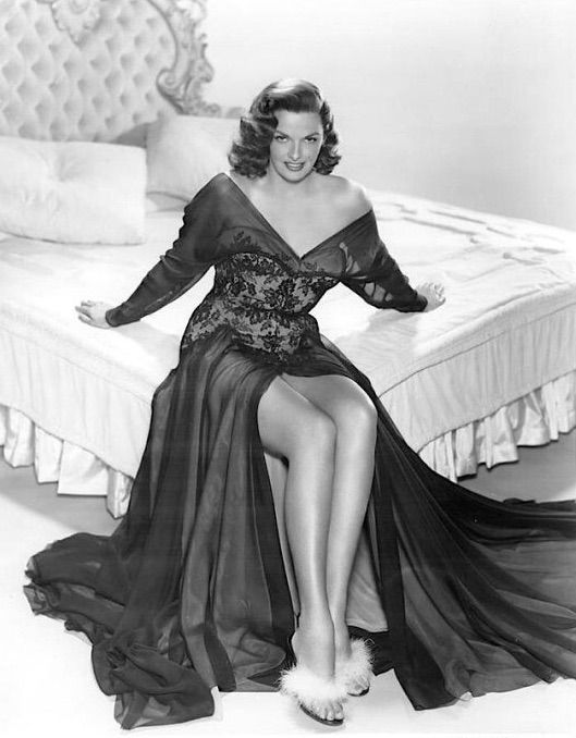 Jane Russell Classic Hollywood Podcast! Episode 6 About The Revolt of Mamie Stover! 1950s Style