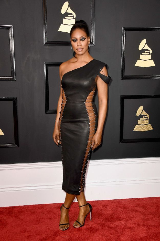 All The Red Carpet Looks At The 2017 Grammy Awards Grammy Awards Red Carpet Red Carpet Dresses Best Red Carpet Fashion