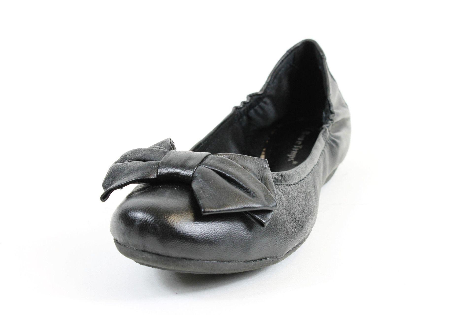 2b0633cfca7 Bare Traps Lucy Black Leather Ballet Flats