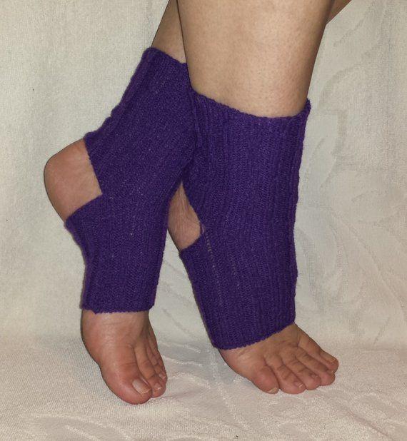 MACHINE KNIT PATTERN, Yoga Socks Pattern, Feet Savers ...