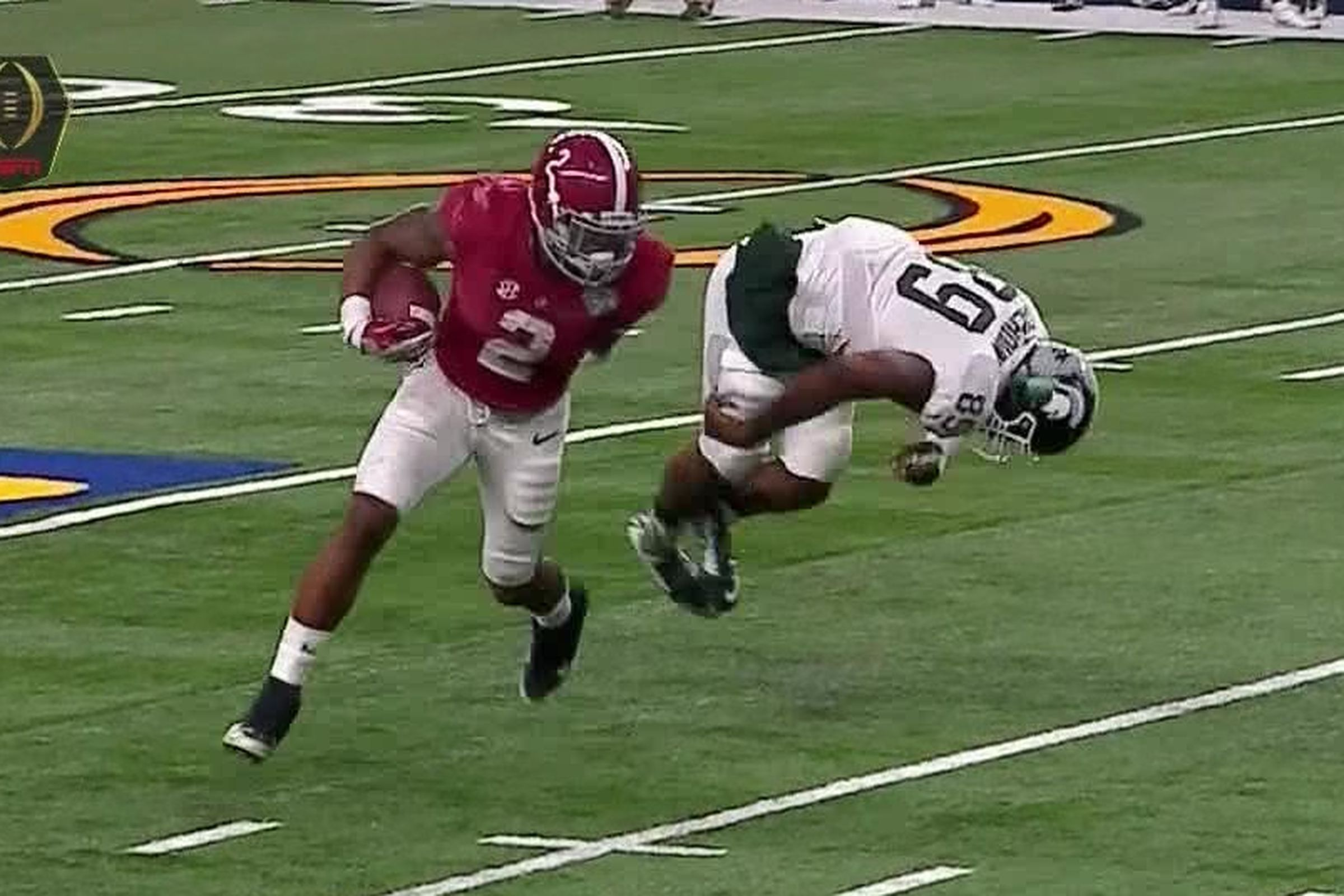 Derrick Henry stiffarmed an MSU lineman into space