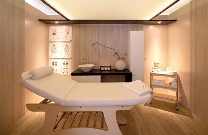 interno della cabina per l 39 estetica realizzata da negozi