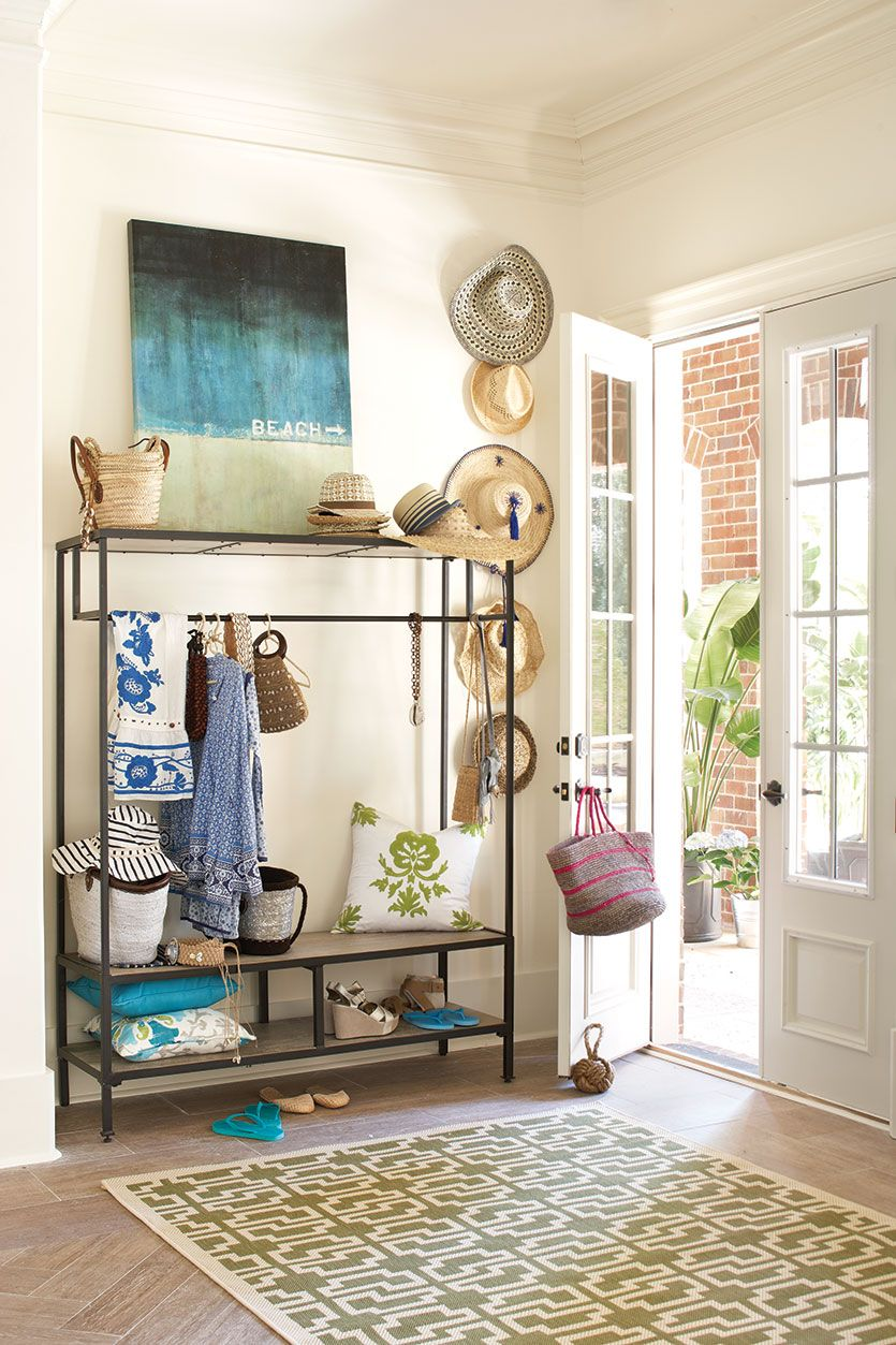 How To Choose A Rug Size For Your Entryway