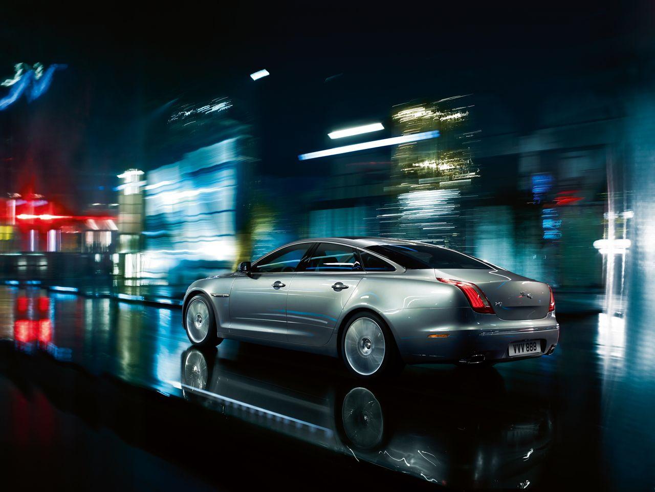 Photo of Jaguar XJ new on the night road Jaguar xj