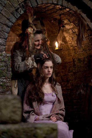 Les Mis 2012 For Fantine S Haircutting Scene Anne Hathaway S