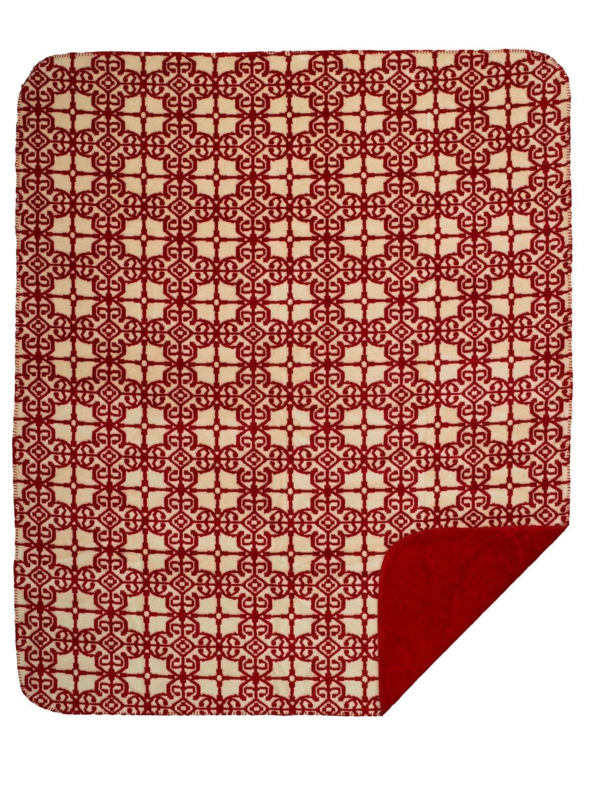 Moroccan inspired microplush hitech knitted fabric reversible