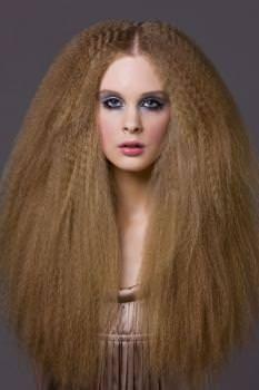 Frisuren Fur Lange Haare Krepp Wie Anno Dazumal Lockige Frisuren Trendige Frisuren Grosse Frisuren