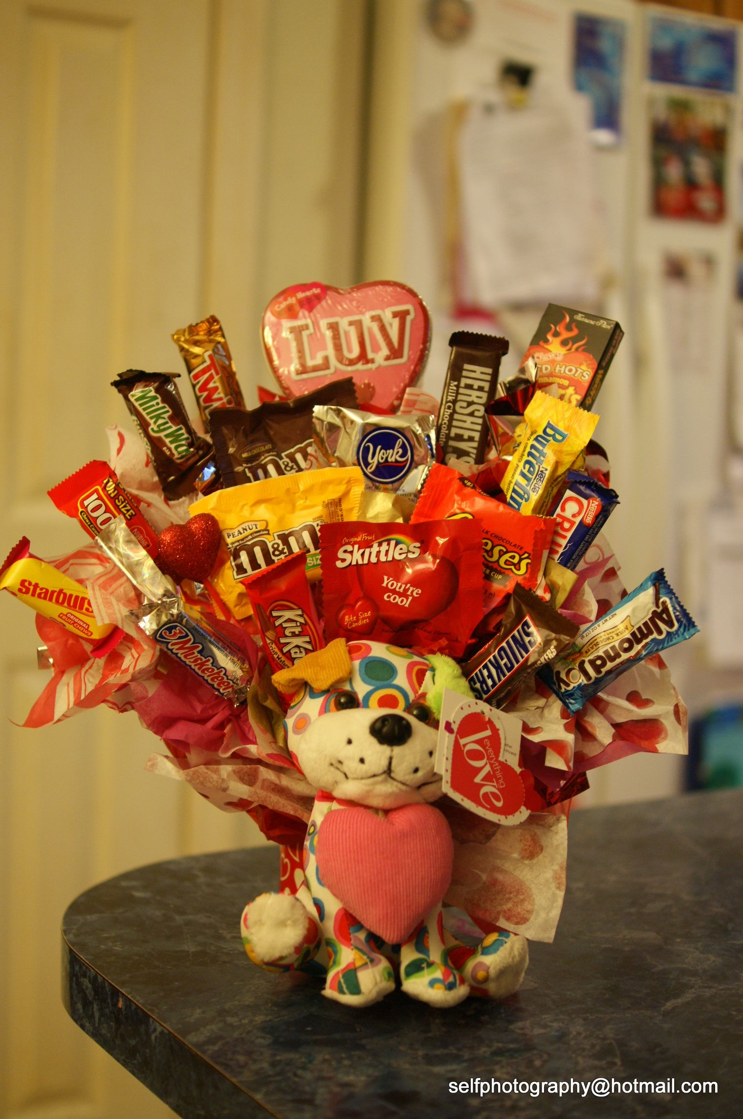 Valentine Candy Bouquet Ideas 21 - Viral Decoration |Valentines Cotton Candy Bouquet Ideas