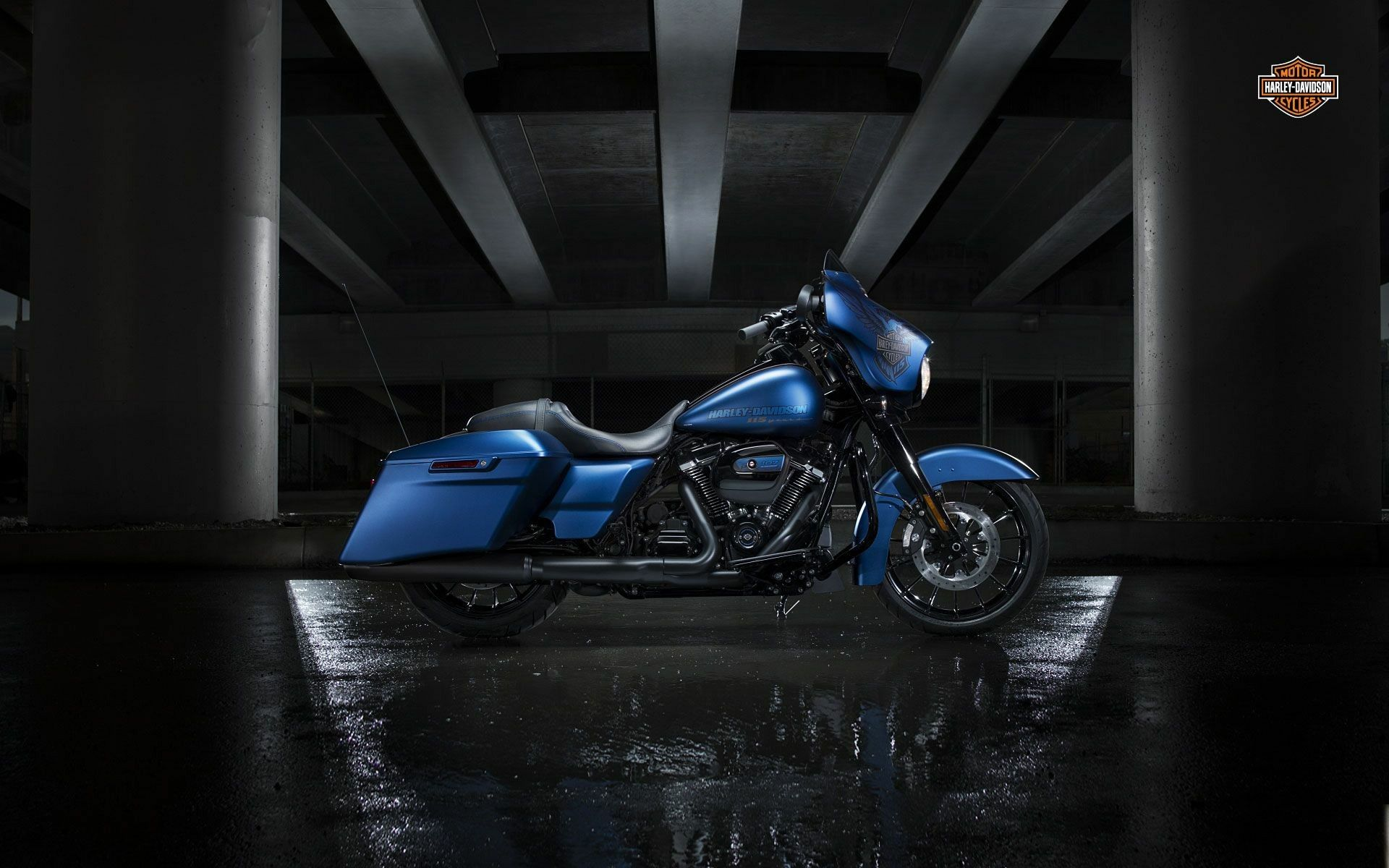 harley davidson 2018 blue edition