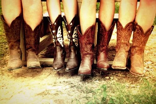 1000  images about From her cowboy boots to her down home roots ...