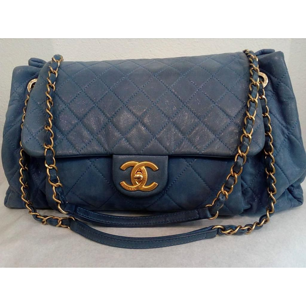 4c4608dfc473 Classic Chanel Flap Bag Lovely vintage leather classic Chanel bag. Color :  Light blue