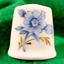 Twin Roses Porcelain China Thimble Needle Case