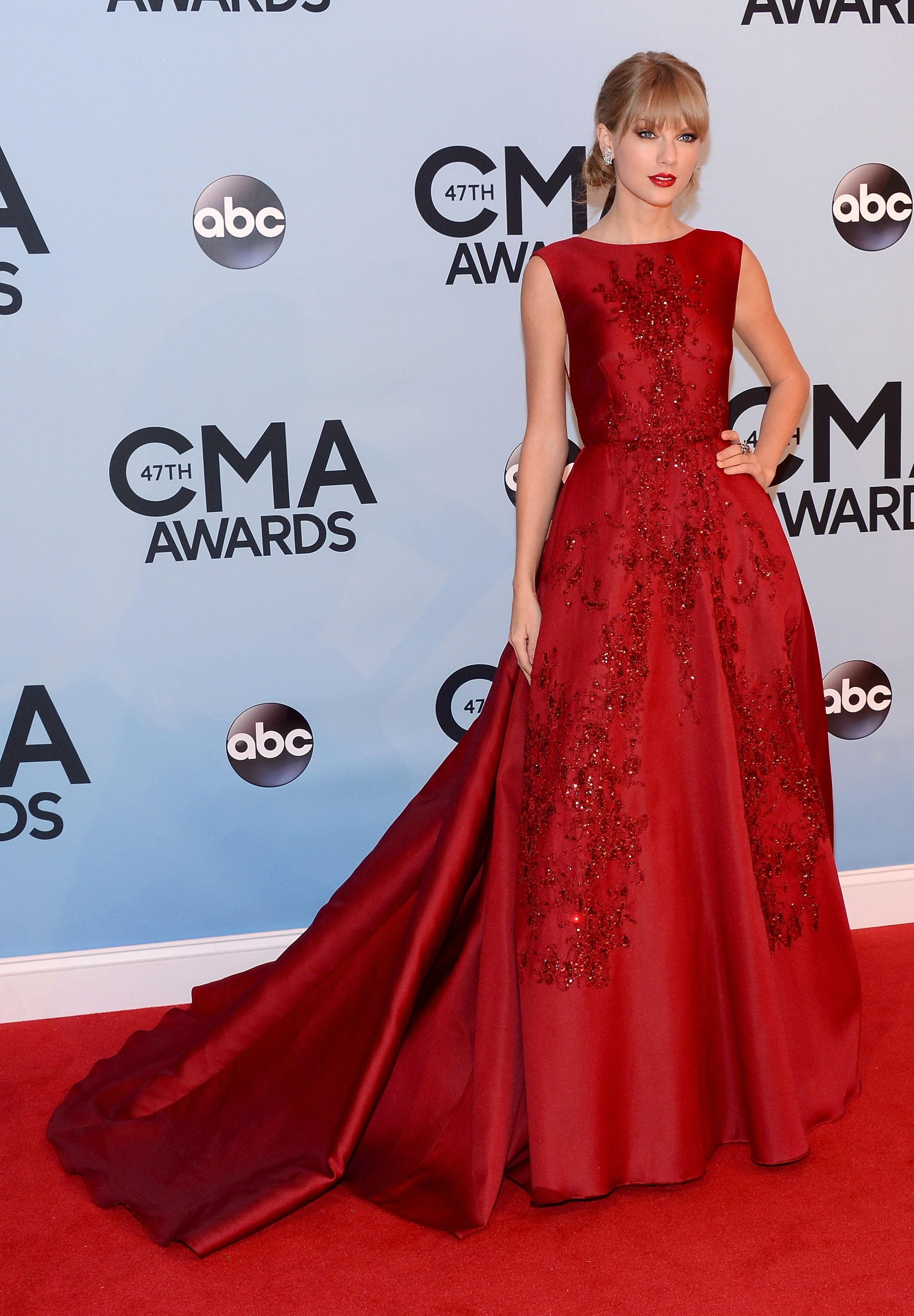 Taylor Swift Roter Teppich Kleider 2016-2017 - http://dasmode.net ...