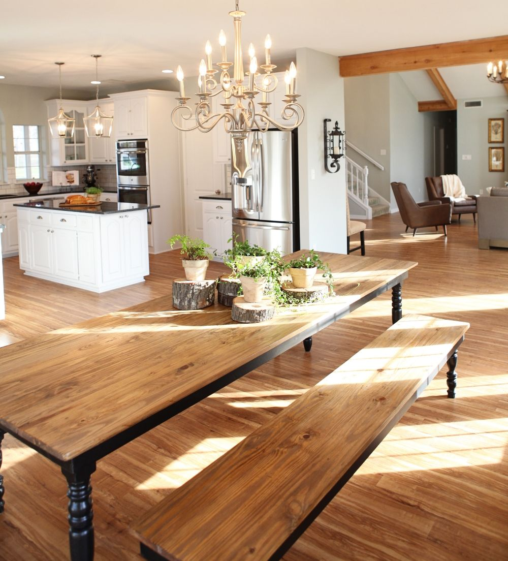 Fixer upper magnolia farms kitchen - Harp Design Co Uses Reclaimed Wood To Custom Build Beautiful Furniture In Waco Texas