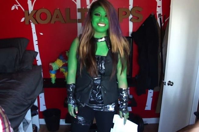 How to Make a Gamora Guardians of the Galaxy Costume for Only $5 ...