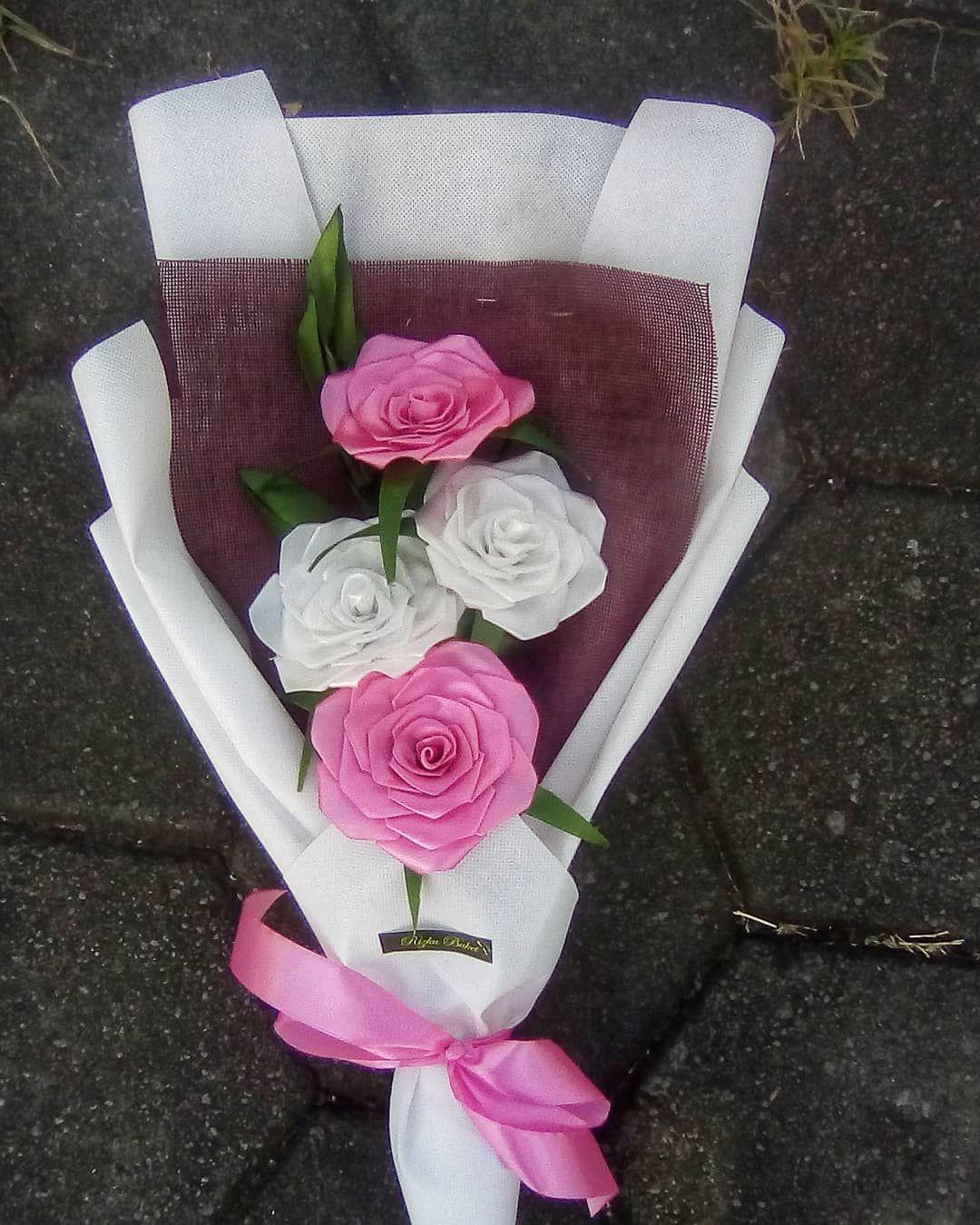 Buket Wisuda Sateen Open Order Maksimal 3 Hari Pembuatan Tanya Harga Bisa Dm Fast Respon Wa Di Bio Order Buket Get Free Pl Diy Bouquet Diy Creative Kado