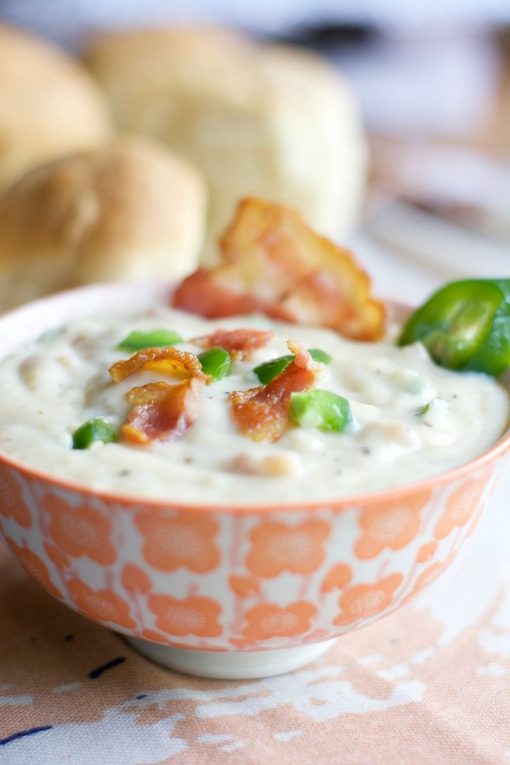 Jalapeno Bacon Gravy - Lindsey Andrews Need a to smother those biscuits?  Here's a & gravy just for