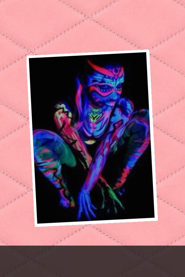 Photo of PRETTY – Glow body painting | Glow in the dark … XoXo