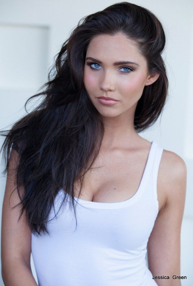 Jessica Green Dark Hair Blue Eyes Brown Hair Blue Eyes