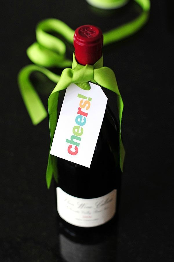 Free Printable Wine Gift Tags make the perfect (and easy ...