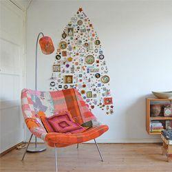 This tree was created by  designer Jane Schouten. (via urbanstylevibes)