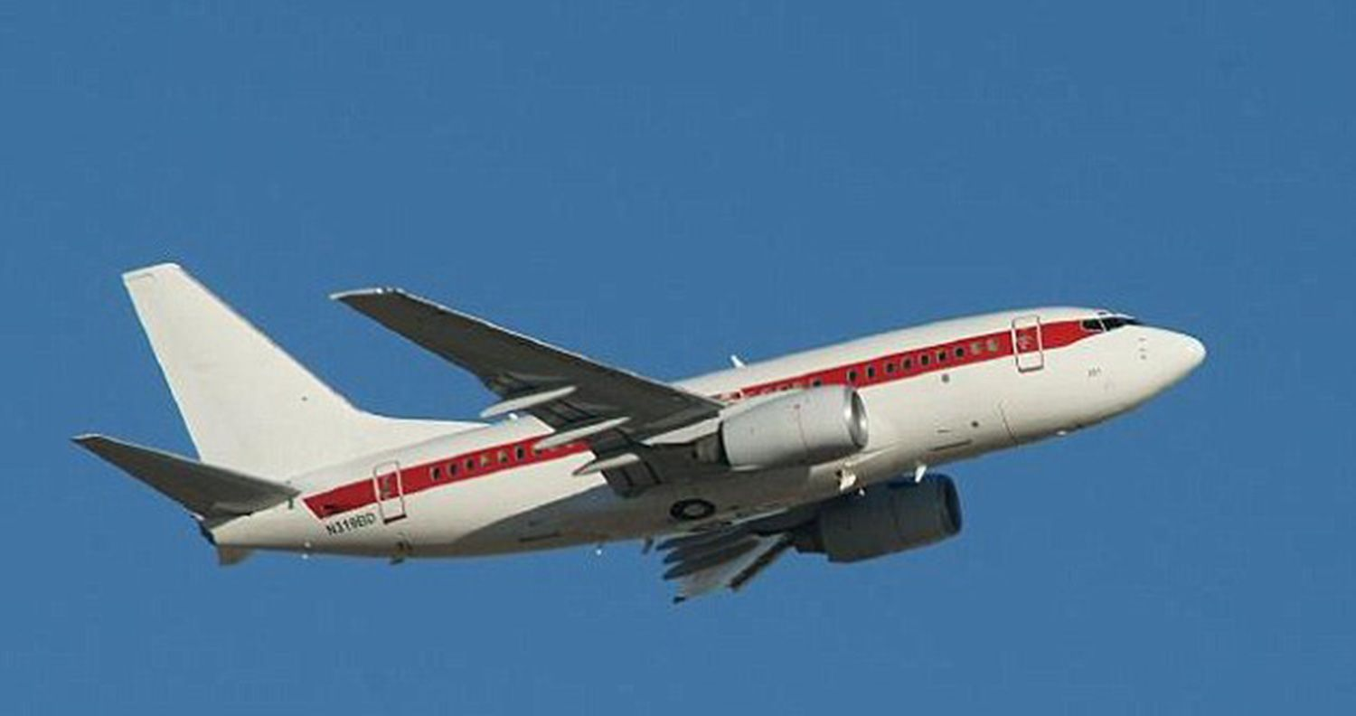 #Area51 Mystery: Unmarked #Passenger Planes Flying From #Vegas...