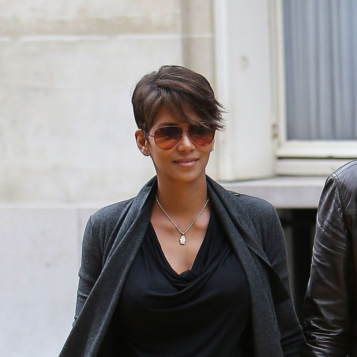 recent hairstyle of halli berry | Haircut of the Week: Halle Berry's New Side-Swept Almost-Bob: Girls in ...