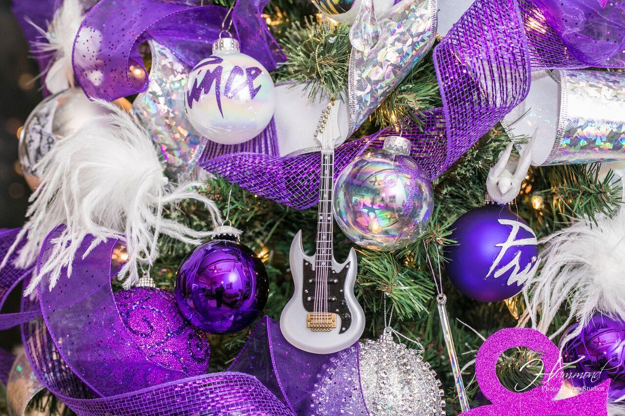 Prince Christmas Decorations.Pin By J Ke Passport Staten J Hammond On Prince Christmas