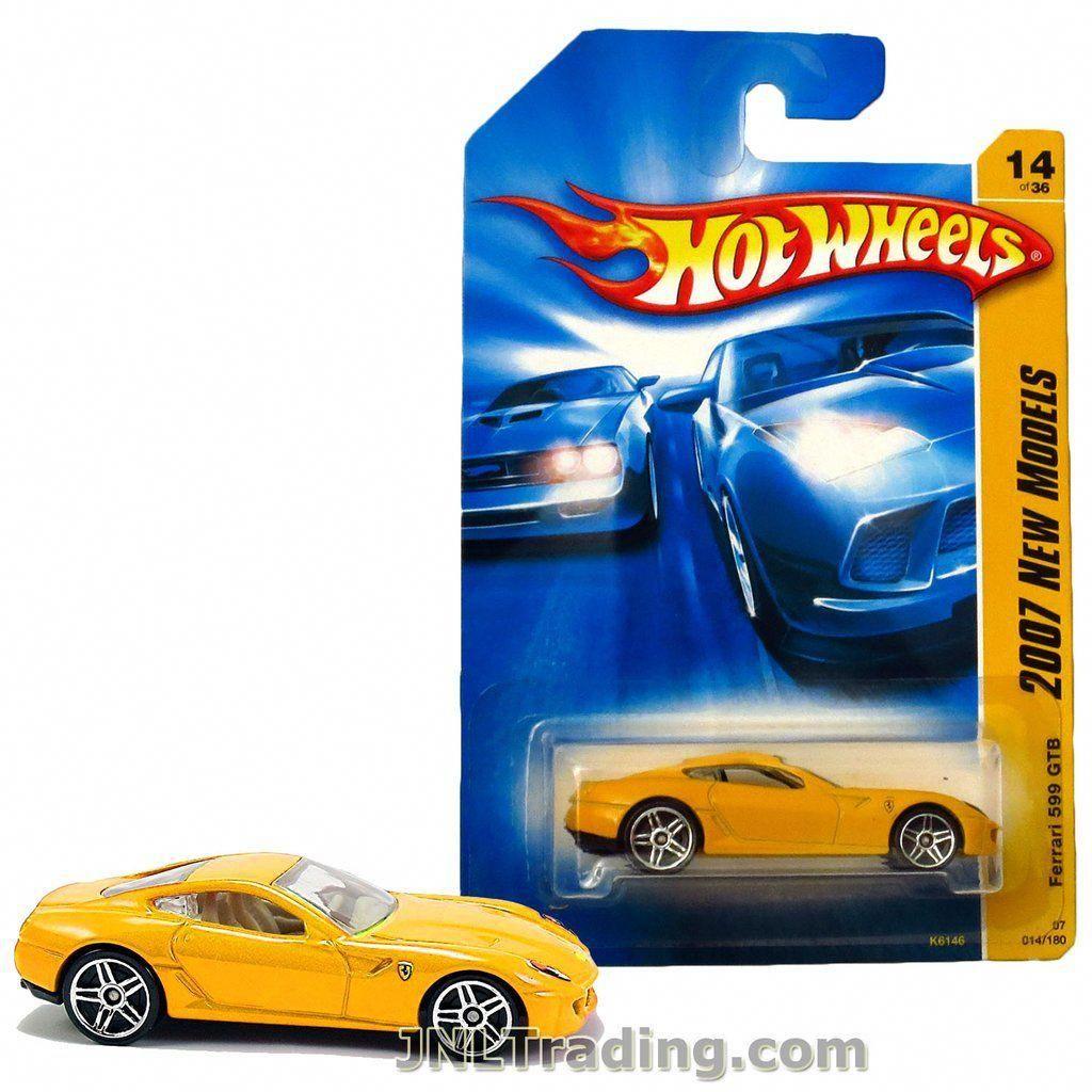 Hot Wheels Year 2007 New Models Series 164 Scale Die Cast