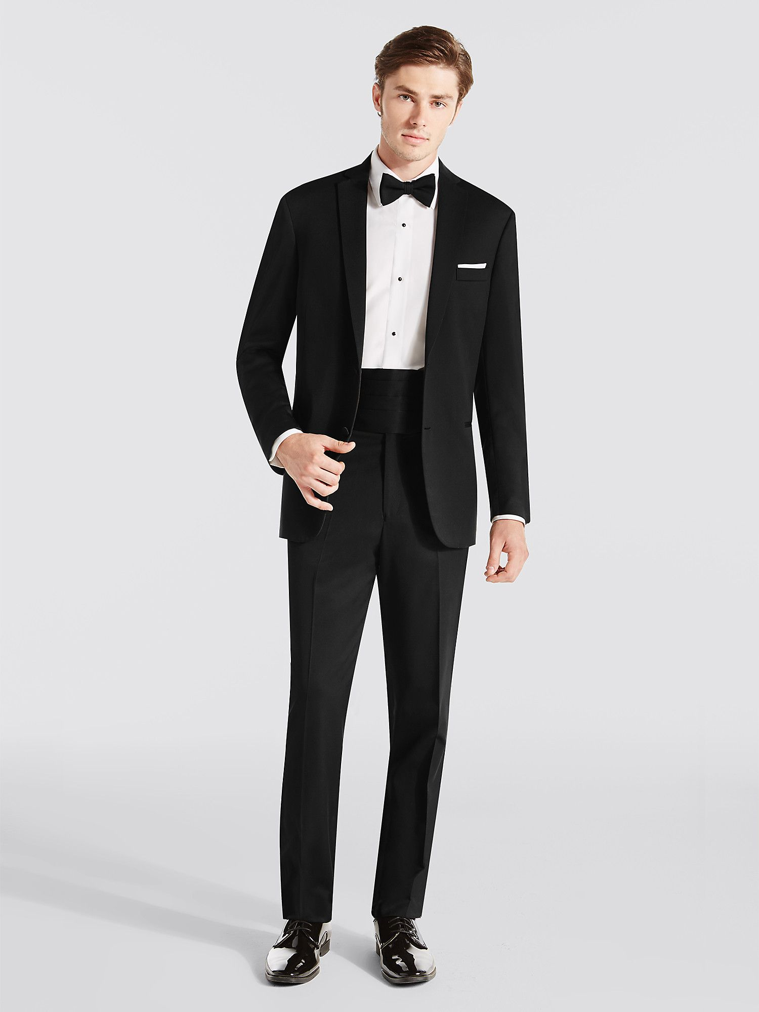 Steal the limelight with a black tuxedo in 2020 Tuxedo
