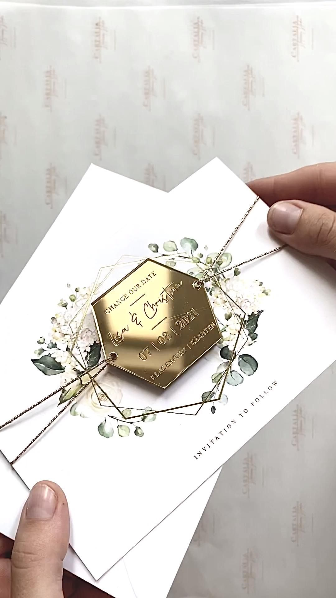 Magnet Save the Date in Hexagon GOLD Mirror Mirror