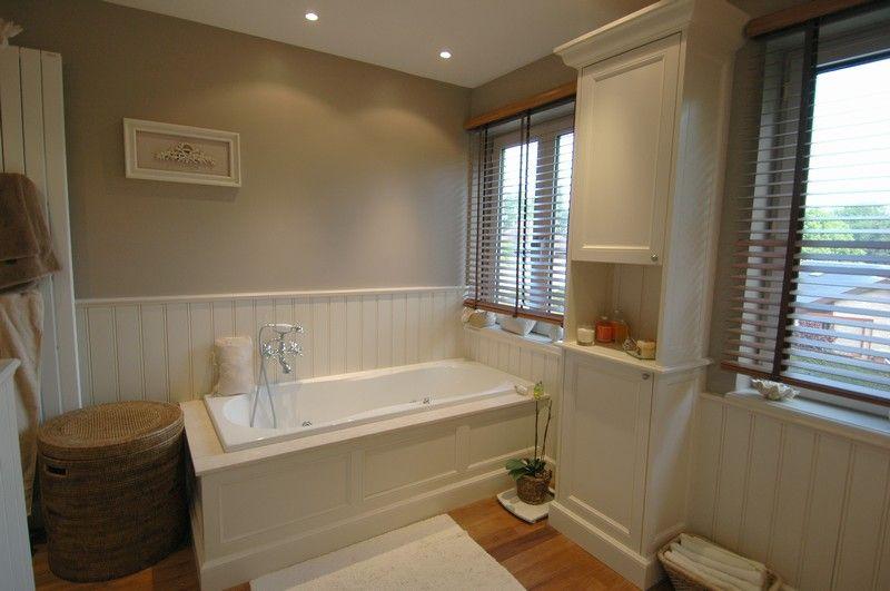 Lambris Home Design ce serait vraiment idéale dans notre sale de