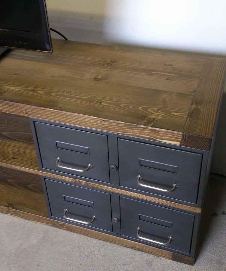 meuble tv tiroir bois accueil meuble tv meuble tv en acier et bois industriel ch ne ou. Black Bedroom Furniture Sets. Home Design Ideas