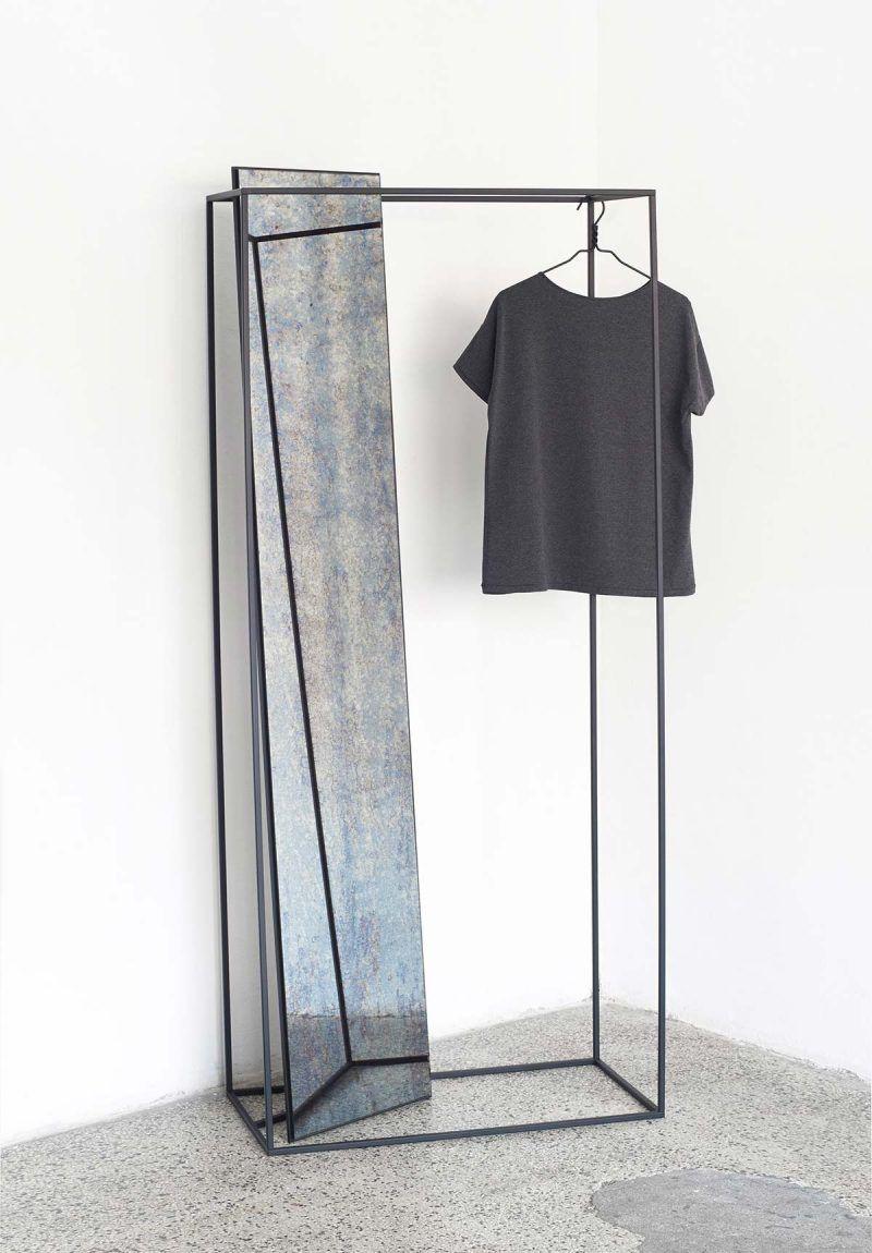 Vêtements design porte manteaux designs géométriques maison objet paris meuble original