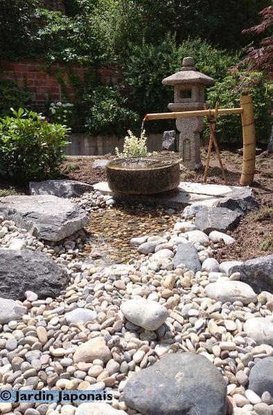 Concevoir une rivi re s che conception paysag re gros for Cailloux jardin japonais