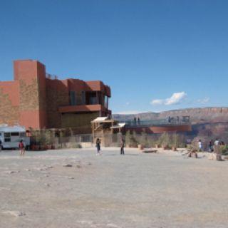 Grand Canyon Skywalk Scurrry!